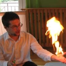 bańki z ogniem